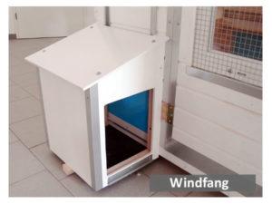 Windfang vor Stall