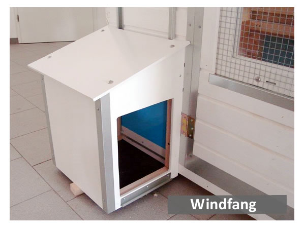Windfang vor Stall